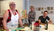 Kunstminnaars leren schilderen en exposeren resultaat in The Gallery