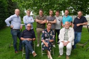 """Kleinste deelgemeente van Deinze spoelt 900 jaar geschiedenis door met een 'Poksela': """"Bewijzen dat een dorp ook groots kan zijn"""""""