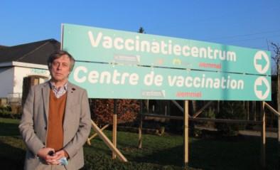 Over een maand wordt allerlaatste coronaprik gegeven in vaccinatiecentrum JDK Hal