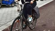 Dieven stelen in dorpscentrum fiets uit garage