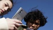 """Ze zijn goedkoop en steeds populairder, maar """"er is verbod nodig op Chinese smartphones in gevoelige sectoren"""""""