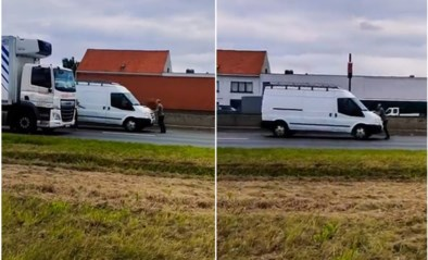 Erg ongewone beelden op A12: man wordt tientallen meters meegesleurd op motorkap