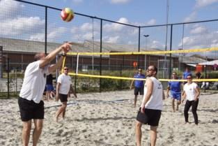 Bal Popular wint beachtornooi van Mavoc Mechelen