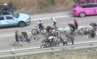 Schade valt mee: enkel kneuzingen en schaafwonden voor Bernal en co na val in Ronde van Burgos