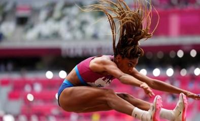Oorringen, halskettingen en wapperende shirts op de atletiekbaan: speelt aerodynamica in de atletiek geen rol?