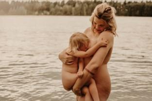 """Fotografe doet borstvoedingshoots om taboe te doorbreken: """"Het is zó mooi"""""""