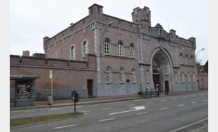 Gedetineerde ontsnapt uit Gentse gevangenis: buurt afgezet en sweeping bezig