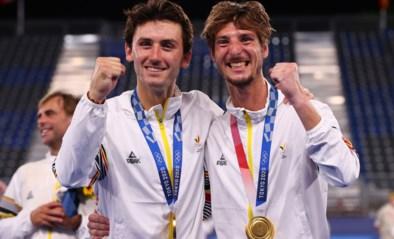 """Aanvoerder en bondscoach euforisch na gouden medaille van Red Lions: """"Altijd geloofd dat we dit konden doen"""""""