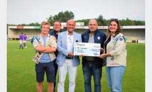 Voetbal steunt door wateroverlast getroffen Scouts