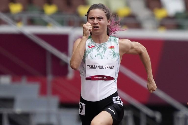 """Wit-Russische sprintster Tsimanoeskaja stapt last minute op vlucht naar Wenen in plaats van Warschau """"vanwege haar veiligheid"""""""