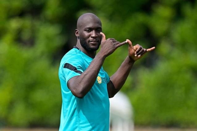 """Romelu Lukaku is terug uit vakantie na het EK en heeft zin in nieuwe seizoen bij Inter: """"Genoten van mijn vakantie, maar heb ook wat getraind"""""""