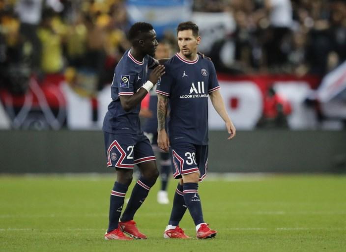 Это большой дебют: Лионель Месси завершил первые минуты с «Пари Сен-Жермен» в Реймсе, а Килиан Мбаппе забил два гола.