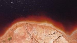 Een stukje Mars op Aarde: drone filmt fascinerende landschappen uit de Oeral-regio