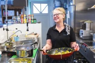 Fan Christel kookt favoriete gerecht voor zanger van The Kids