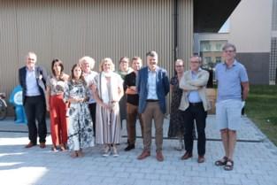 Reeks bezoeken rond polarisatie start in Ninove in bijzijn van minister Somers