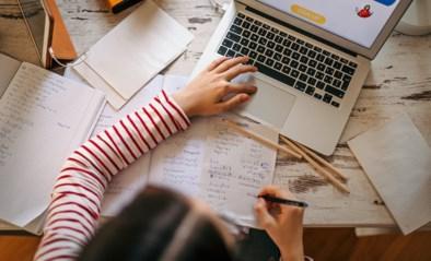 Van een multifunctionele muis tot handige headsets: wij selecteerden slim schoolgerief om een handje te helpen bij het studeren met je laptop