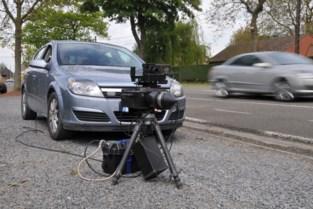 Meer dan 100 auto's te snel in Kruisstraat