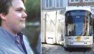 """Fietser (35) glijdt uit op Gentse tramsporen en overlijdt, schepen Watteeuw wil ingrijpen: """"Het gaat te traag, de procedures zijn te log"""""""