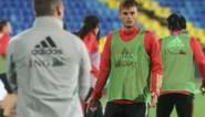 Het frustrerende drieluik van Zinho Vanheusden, die 270 minuten op de bank bleef. Maar wat is de uitleg van Martinez?