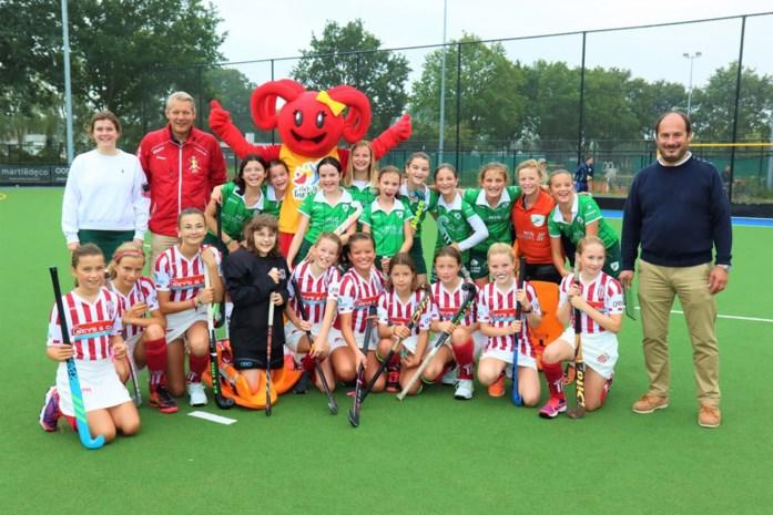 Meetjesland Hockey Club krijgt bezoek van mascotte Sporty