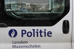 Nummerplaat van auto gestolen in Maasmechelen