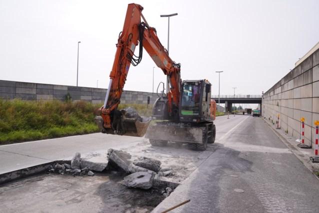 Drie weken verkeershinder op R4 door werken aan wegdek in Oostakker