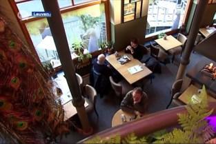 Bilzense tafelschuimer valt meermaals in slaap op terras