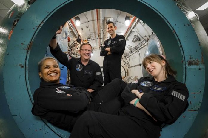 De ingenieur, de kunstenaar, de commandant en de dokter: het klinkt als een mop, maar deze 'toeristen' vertrekken écht in hun eentje op ruimtereis