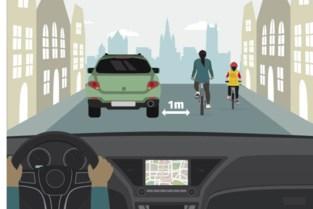 """Gent vraagt auto's om meter van fietsers te blijven: """"Voorbijsteken kan op veel plaatsen niet"""""""