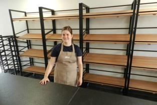 Anne (22) opent bakkerij in eigen dorp Meer