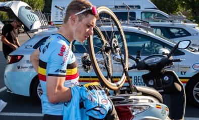Remco Evenepoel is gearriveerd in Brugge (en verkent meteen twee keer het tijdritparcours)