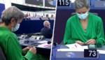 EU-commissaris haalt breinaalden boven tijdens toespraak van Ursula von der Leyen