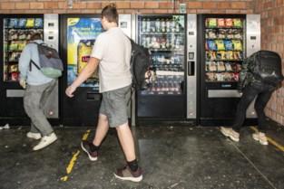 Geld gestolen uit drankautomaat