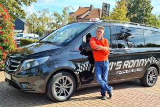 """Taxichauffeurs willen klanten aan de horeca op de Grote Markt blijven oppikken: """"We werken met 'gemaksklanten'"""""""
