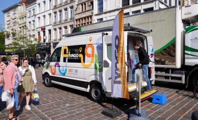 Na 10 jaar vuilniszakken verkopen vanop straat zit Ivago-mobiel in het nieuw