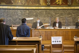 """Brakelse burgemeester komt weg met lichte straf na aanrijding onder invloed: """"Het is zeer zwaar geweest de voorbije jaren"""""""