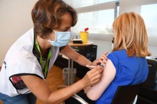 Leerlingen van PIVA krijgen vaccin