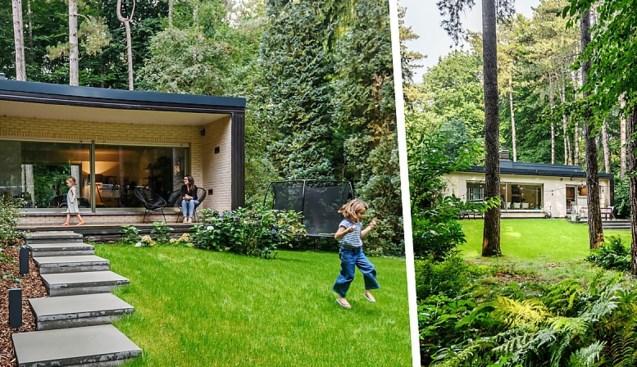 """Hoe een villa uit de jaren 70 een nieuw leven kreeg: """"Niet iedereen is weg van ons plafond, maar wij vinden het gezellig"""""""