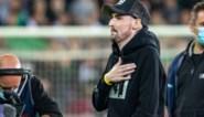 Kippenvel: doelman Miguel Van Damme geeft aftrap en krijgt staande ovatie van Cercle-fans
