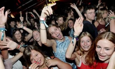 """""""Knaldrang"""" is het grootst bij de jongeren: jeugdfuiven raken meteen uitverkocht"""