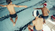 """Zwemleraren waarschuwen voor """"dramatisch"""" niveau bij kinderen, en dat is niet alleen de schuld van corona"""