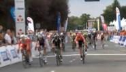 Elia Viviani houdt Tim Merlier van zege in Grand Prix d'Isbergues - Pas de Calais