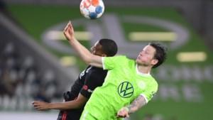 Wolfsburg-Belgen laten kans liggen om alleen aan de leiding te komen in Bundesliga na gelijkspel tegen Frankfurt