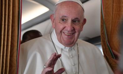 Slachtoffers misbruik belangrijker dan reputatie kerk, zegt Paus Franciscus