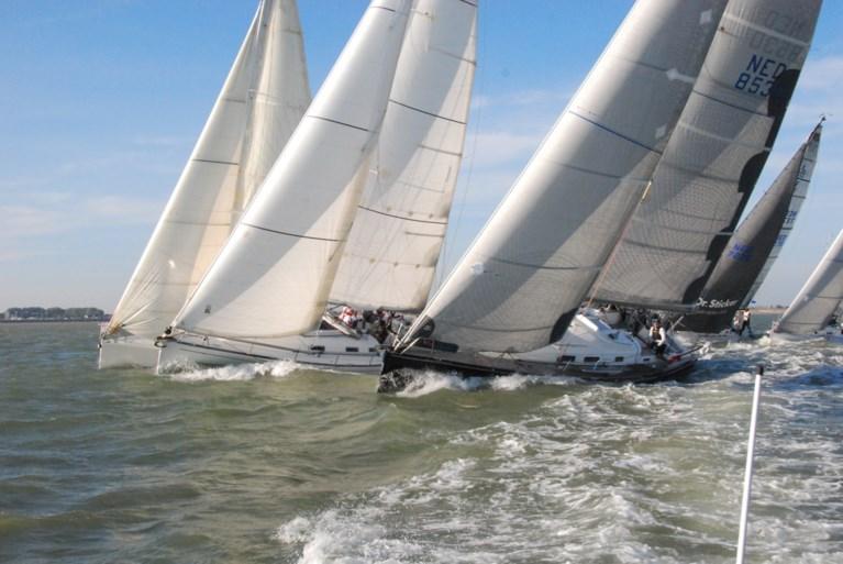 Sailing on the Scheldt: Antwerp Race to the autumn season in