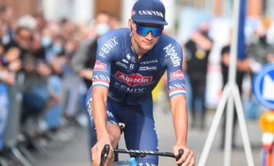 """Mathieu van der Poel staat zondag officieel aan de start van het WK wielrennen: """"Hij zou niet meedoen als hij geen kansen zag"""""""