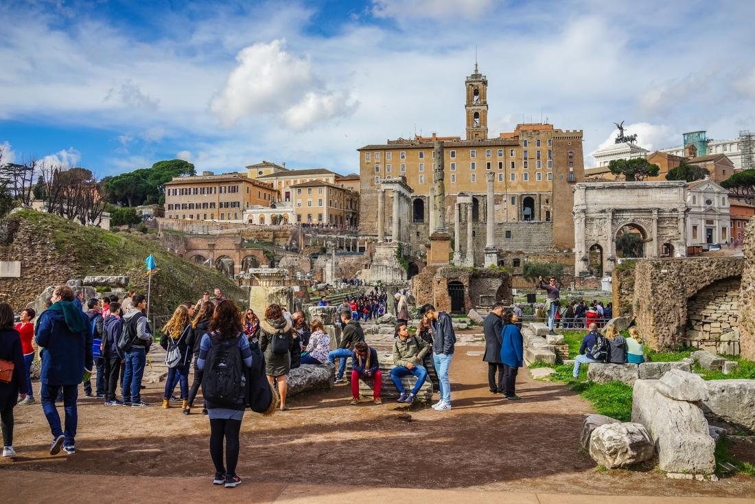 Scholen zijn streng: niet gevaccineerd betekent niet mee op Romereis