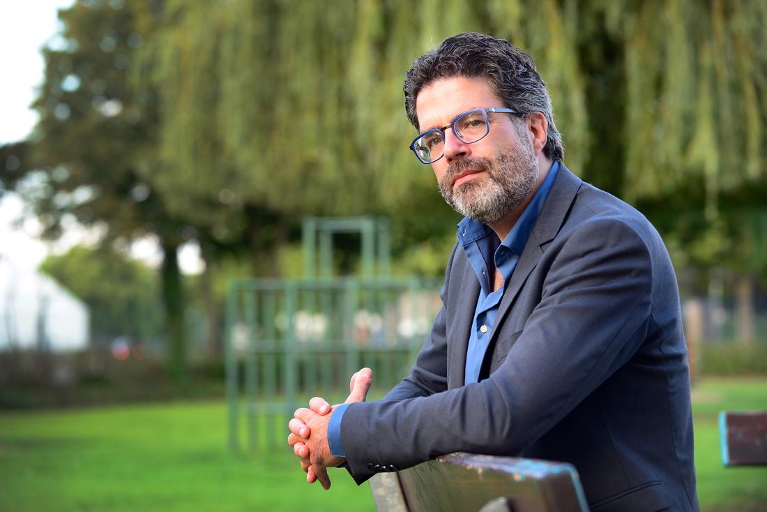 """Steven Van Gucht: """"Coronacijfers iets beter dan eerdere voorspellingen maar vierde golf nog steeds mogelijk"""""""