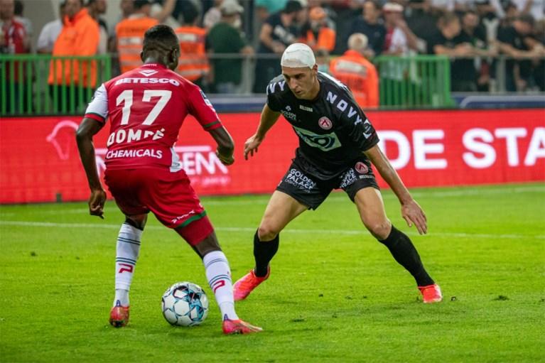 Wat een ommekeer! Zulte Waregem sleept in zinderend slot nog gelijkspel uit de brand in West-Vlaamse derby tegen KV Kortrijk